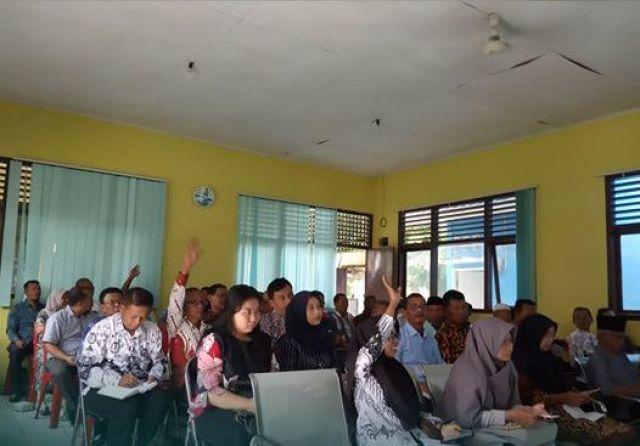 Jelang Pilkakon Serentak, Kecamatan Gadingrejo Gelar Rapat Persiapan Bersama Panitia